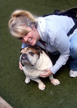 Sniff Seattle, Dog Walkers, Jeanna, Cornbread, Bulldog