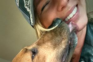 Belltown Dogwalking, Doggy Kisses, Dog Walker 98121